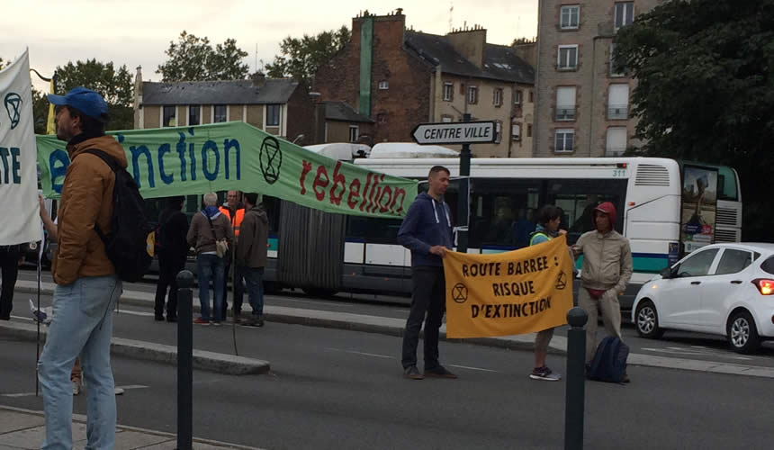 Blocage à Rennes par le mouvement Extinction Rebellion