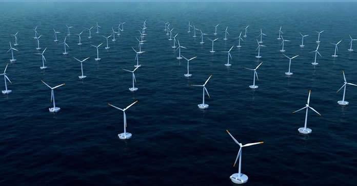 Eoliennes offshore au milieu de l'océan
