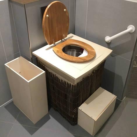 Les toilettes sèches adaptables d'intérieur